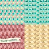 Sömlös retro geometrisk triangelbakgrundsuppsättning. royaltyfri illustrationer