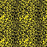 Sömlös svart och gul leopardmodell Grungetextur för djur hud också vektor för coreldrawillustration royaltyfria bilder