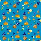 Sömlös vektorbakgrund med designbeståndsdelar: halloween pumpor, stearinljus, kittel och måne på blå bakgrund Royaltyfri Foto