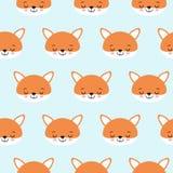 Sömlös vektormodell för gulliga rävar Orange huvud för räv s på blå bakgrund royaltyfri illustrationer