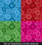 Sömlös vektormodell med färgrika cirklar Royaltyfri Bild