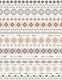 Sömlösa etniska modelltexturer Geometriskt tryck för abstrakt Navajo Grå färger och apelsinfärger Arkivfoto
