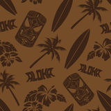 Sömlösa Luau Tiki Aloha Surf Pattern royaltyfri illustrationer