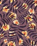 Sömlösa modell- och plumeriablommor för palmblad stock illustrationer