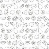 Sömlösa vektormodeller med frukter Svartvit bakgrund med jordgubben, bananen, äpplet, päronet, vattenmelon och körsbäret Royaltyfri Foto
