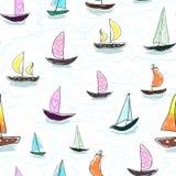 Sömlöst behandla som ett barn ungemodellhanden som drar den färgrika yachtvektorn Många litet kulört seglar fartyg på vit bakgrun Royaltyfria Bilder