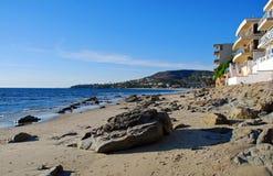 Sömnig ihålig strand i Laguna Beach, CA Royaltyfri Foto