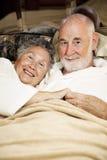 sömniga pensionärer arkivbilder
