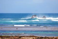 söndag morgon i den Itapuan stranden Royaltyfri Bild
