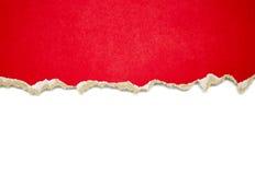 Sönderrivna pappersgränser på vit Arkivfoto
