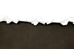 Sönderrivna pappersgränser på vit Royaltyfri Bild