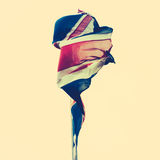 Söndersliten brittisk flagga Arkivbilder