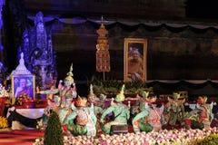 Sörjande ceremoni för Chedi Luang tempelpatriark Fotografering för Bildbyråer