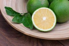 Söt apelsin Arkivfoton
