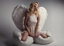 Söt blond ängel Royaltyfri Bild