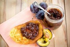 Söt efterrätt, ny frukost Royaltyfri Fotografi