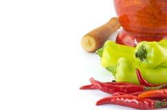 Söt grön chili och glödhet chili Royaltyfri Fotografi