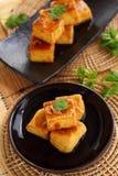 Söt och sur tofu Arkivfoto