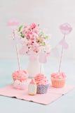 Söt tabell för baby shower Royaltyfria Bilder