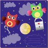 söta lilla owls för fliyng Royaltyfria Bilder