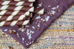 Söta mellanmål på servett, söta bakgrunder Fotografering för Bildbyråer
