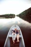 Söta par på fartyget Fotografering för Bildbyråer