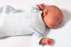 Sötsaken behandla som ett barn att sova för pojke Arkivfoton