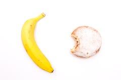 Sötsaker eller frukt, bantar Arkivfoton
