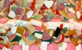 Sötsaker och godisar för marshmallowkakasocker med färgrik liqueriz Royaltyfri Fotografi