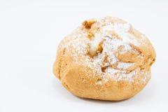 Süße braune Sahnechoux mit Zuckerglasur Lizenzfreie Stockfotos