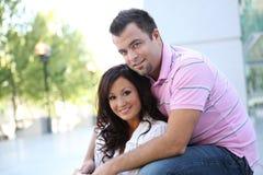 Süße glückliche Paare in der Liebe Stockfotografie