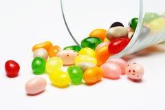 Süße Süßigkeitsgeleebonbons im Glas dieses bunt lizenzfreies stockbild