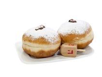 Süße Schaumgummiringe für Feiertag von Chanukka lizenzfreie stockbilder