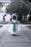 Süße Unschuld im Blau Stockfotografie