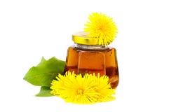 Süßer Honig mit Löwenzahn Lizenzfreie Stockfotografie