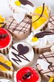Süßer Kuchen auf einer Platte Lizenzfreies Stockbild