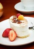 Süßer Nachtisch mit Beeren Lizenzfreie Stockfotografie