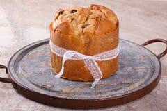 Süßes Brotlaib des Panettone traditionell für Weihnachten Stockbild