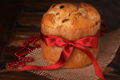 Süßes Brotlaib traditionell für Ostern stockfoto
