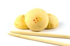 Süßes mochi auf weißem Hintergrund lizenzfreie stockfotografie