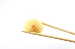 Süßes mochi auf weißem Hintergrund lizenzfreie stockfotos
