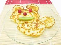 Süßes Pfannkuchentiergesicht Lizenzfreie Stockbilder