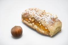 Süßorangestau mit Haselnüssen lizenzfreies stockbild