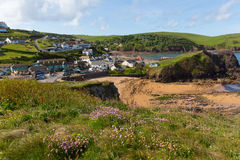 Süd-Devon-Küstendorf Hoffnungs-Bucht England Großbritannien nahe Kingsbridge und Thurlstone Stockbild