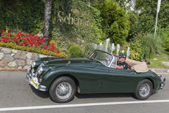 Süd-Tirol Rallye 2016_Jaguar JK 150_green_side Stockbilder