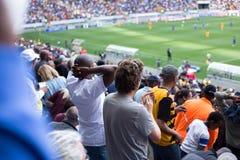 Südafrikanische Fußballfane stockfotos