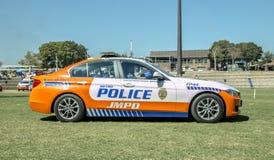 Südafrikanische Polizeiwagen JMPD - Seitenansicht Lizenzfreie Stockbilder