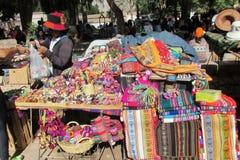 Südamerika-Andenken verkauft auf der Straße Stockbild