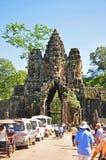 Südgatter von Angkor Thom lizenzfreies stockbild