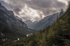 Südliche Kalkstein-Alpen in Slowenien Stockbild